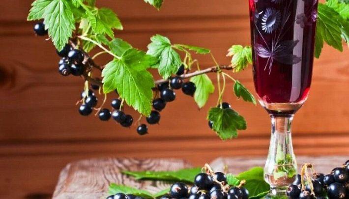 Настойка из смородины на водке в домашних условиях